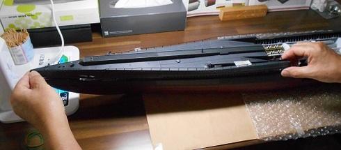 夫が作る伊四〇〇。船体の組み立て.JPG